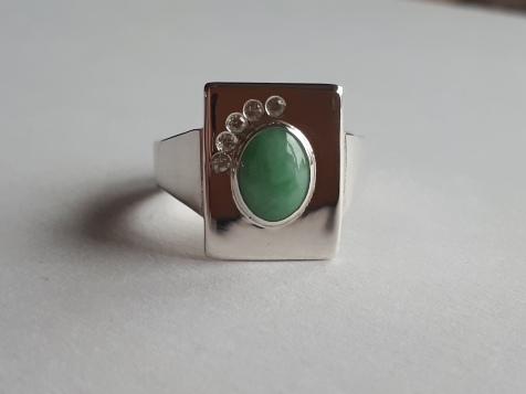 Zilveren ring met jade en saffier (3)